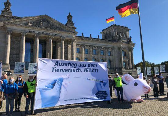 2020_10_04_welttierschutztag_berlin1.jpg
